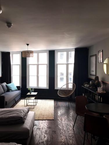 Ein Sitzbereich in der Unterkunft Amsterdam Red Light Bed & Breakfast