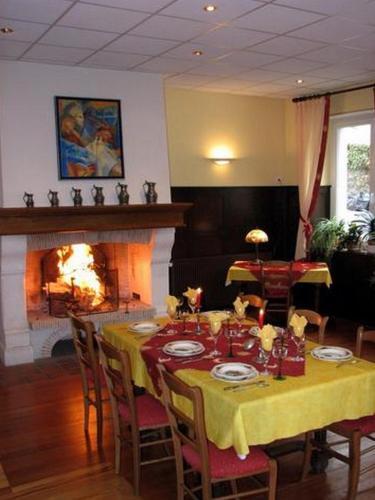 Restaurant ou autre lieu de restauration dans l'établissement Le Soleil