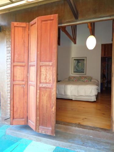 Cama o camas de una habitación en Azaleas Casona B&B
