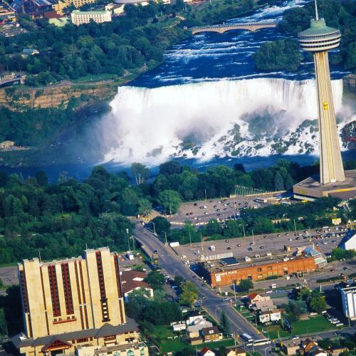 A bird's-eye view of DoubleTree Fallsview Resort & Spa by Hilton - Niagara Falls