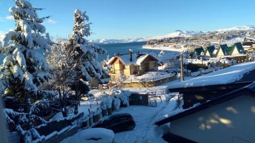 Departamento con vista al lago en Bariloche. durante el invierno