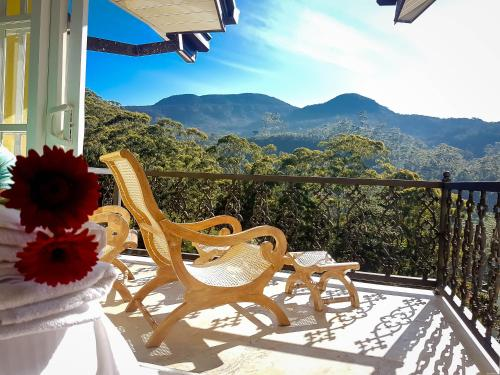 A balcony or terrace at Luxe Wilderness