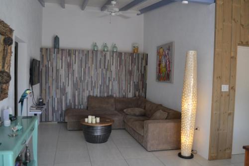A seating area at Casa Indari