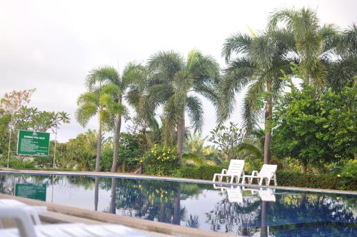 The swimming pool at or close to Lanta Garden Hill Resort and Apartment