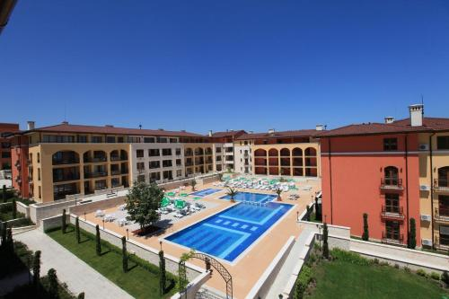 A view of the pool at Galeria Holiday Apartments or nearby