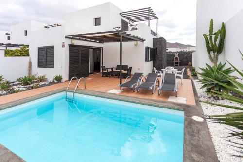 Villa Pedraza (España Playa Blanca) - Booking.com
