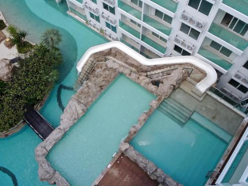 A bird's-eye view of Amazon Residence & Water Park Pattaya