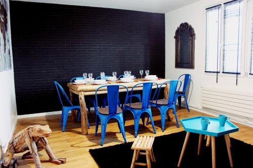 Restaurant ou autre lieu de restauration dans l'établissement Grand Loft 14min de Paris
