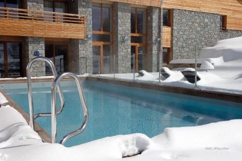 The swimming pool at or near Lagrange Vacances l'Alpenrose