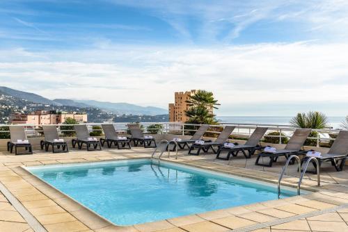 Piscine de l'établissement Aparthotel Adagio Monaco Palais Joséphine ou située à proximité