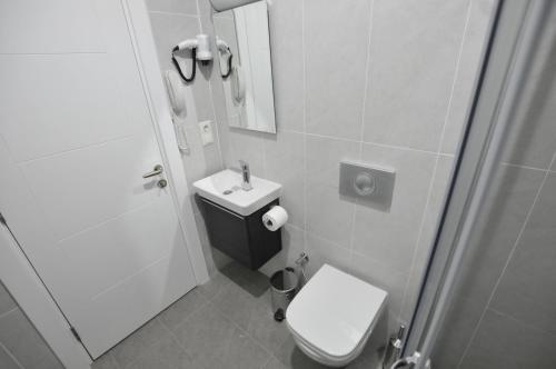 A bathroom at Apartof