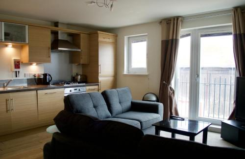 A seating area at 1 Bedroom Apartment by The Shore Area of Leith Sleeps 2