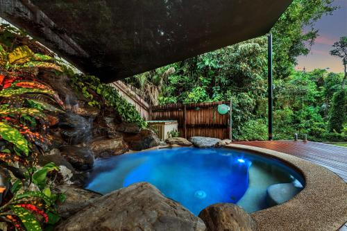 The swimming pool at or near Platypus Springs Rainforest Retreat