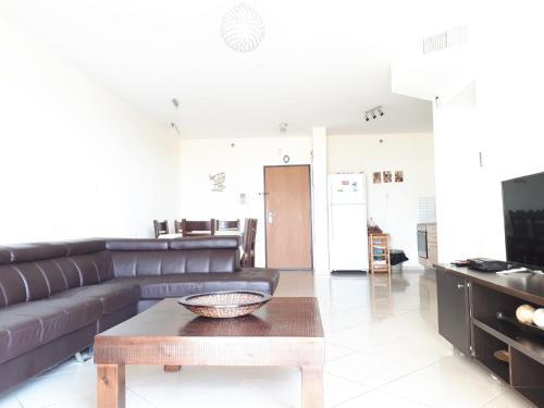 Zona de estar de Keren's Sea View Apartment