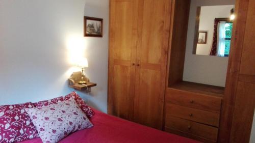 Una cama o camas en una habitación de Departamento Cnel.Díaz