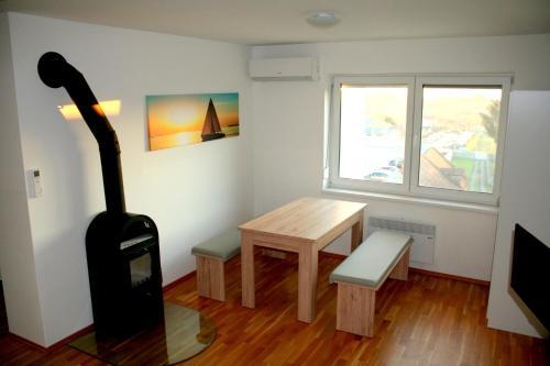 Ein Sitzbereich in der Unterkunft Appartement Neusiedl am See mit Dachterrasse