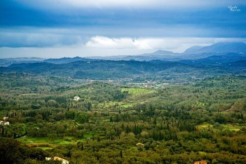 Άποψη από ψηλά του Nel Verde in Skripero