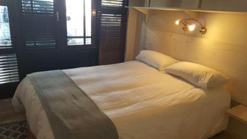 A bed or beds in a room at 40 Froetang