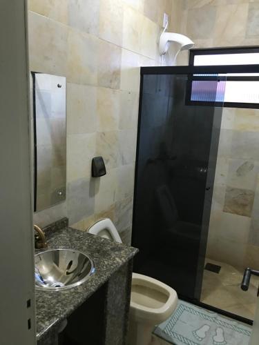 Un baño de Casa Confortavel em Floripa