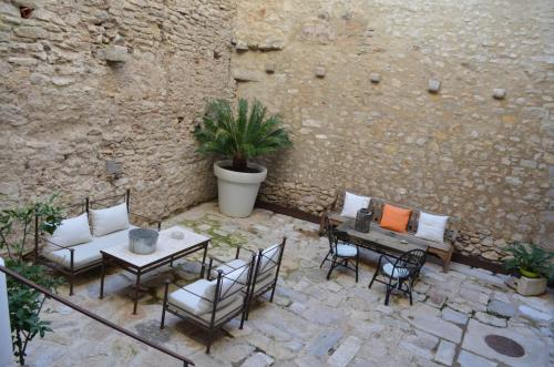 A porch or other outdoor area at AS Palau dels Alemanys