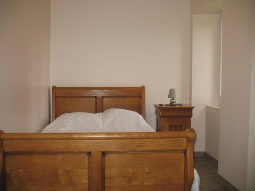 Un ou plusieurs lits dans un hébergement de l'établissement Les Gites Du Chardon