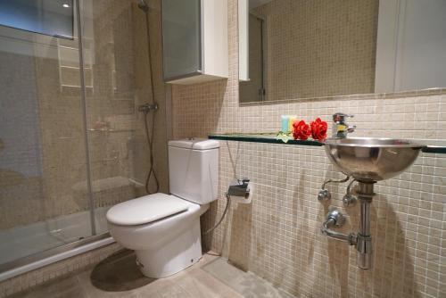 A bathroom at Barcelona4Seasons II