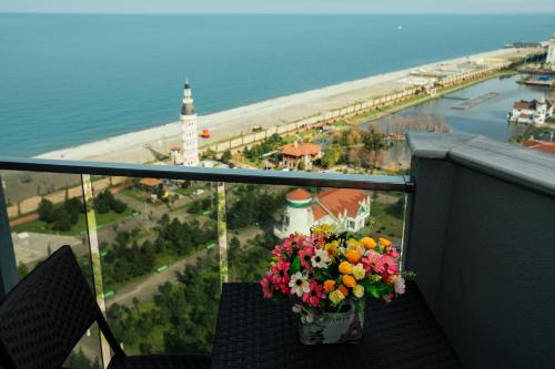 A balcony or terrace at Luxury Apartments