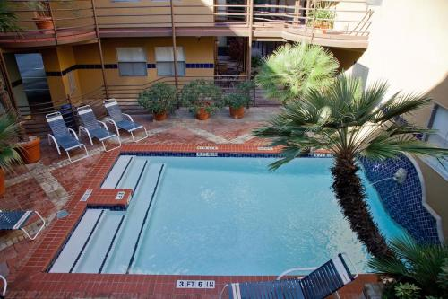 A view of the pool at The Railyard Condominiums or nearby