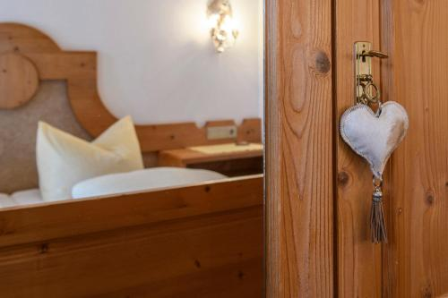 Ein Badezimmer in der Unterkunft Alpasella Ferienwohnungen