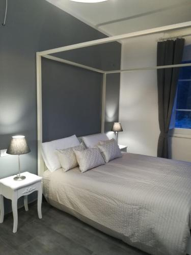 Łóżko lub łóżka w pokoju w obiekcie Posidonia Cinque Terre