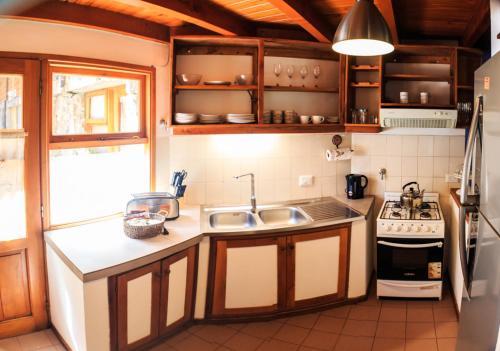 Una cocina o kitchenette en Cabañas centricas
