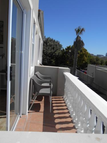 Balkoni atau teres di Ocean Shores