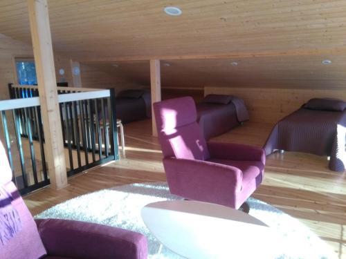 Oleskelutila majoituspaikassa Mustikkakallio Luxury Villa