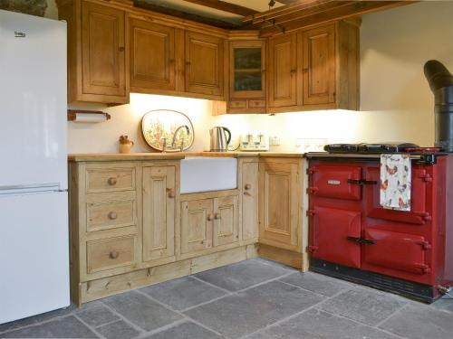 A kitchen or kitchenette at Townend Farm