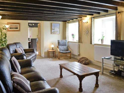 A seating area at Well Cottage