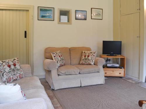 A seating area at Keeper's Cottage