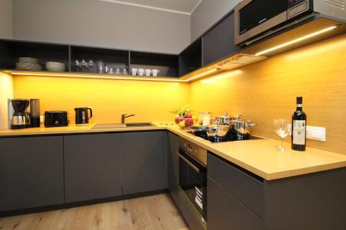 Köök või kööginurk majutusasutuses Tallinn City Apartments Old Town Suites