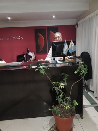 El lobby o recepción de Apart Hotel Mendoza