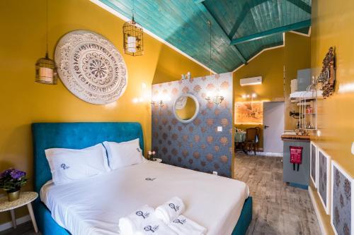 Cama o camas de una habitación en Y.Baixa - Boutique Apartments