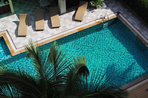A view of the pool at Sakorn Residence and Hotel or nearby