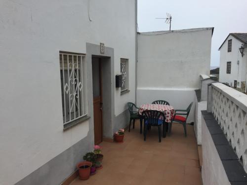 A balcony or terrace at Vivienda Vacacional Puerto De Tapia