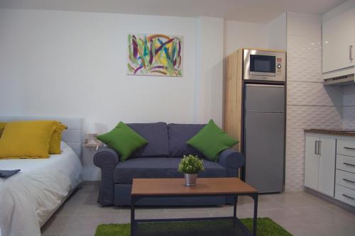 Céntrico Apartamento con Balcón cerca de la Playaにあるシーティングエリア