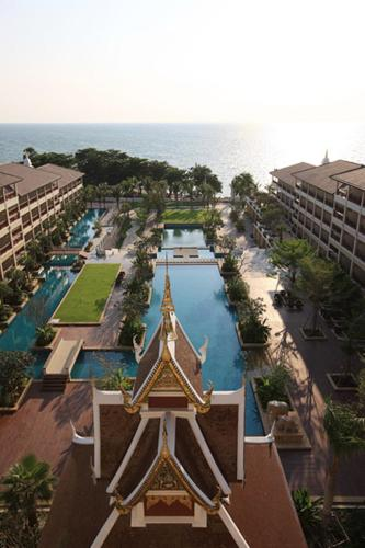 Вид на бассейн в The Heritage Pattaya Beach Resort или окрестностях