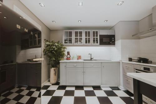 A cozinha ou kitchenette de Alto Lido by Madeira Best Apartments