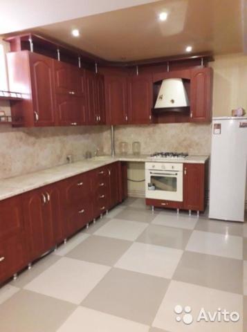 Кухня или мини-кухня в Country house on Microdistrict Lotos