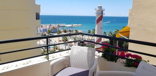 A balcony or terrace at Marbella Beach Centre 2 Bedroom Faro