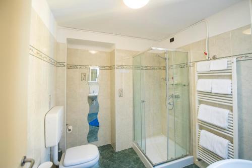 A bathroom at Residence Il Borgo