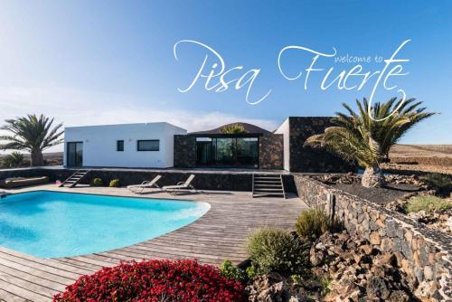 Pisa Fuerte: villa con piscina a los pies del volcán de ...
