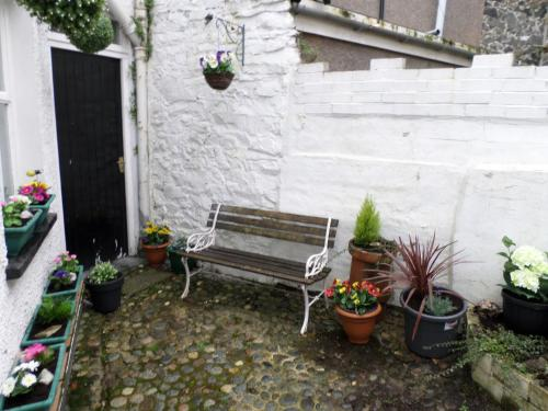 A porch or other outdoor area at Bridge Cottage