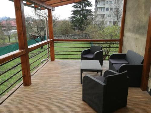 Balkón nebo terasa v ubytování Apartment Villa Brezno